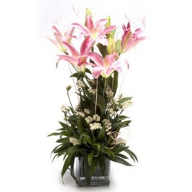 Pink lilies With Glass port